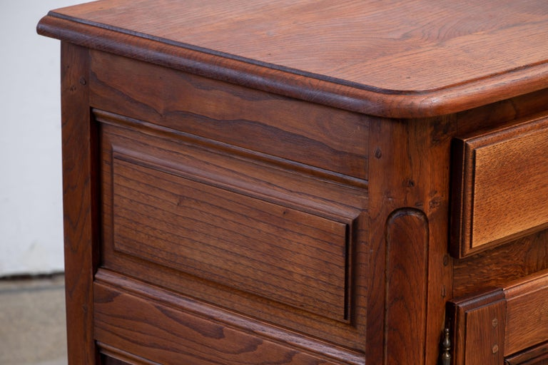 19th Century French Bleached Oak Buffet Cabinet For Sale 5