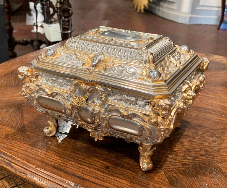 19th Century French Bombe Silver on Copper Ornate Repousse Jewelry Casket In Excellent Condition For Sale In Dallas, TX