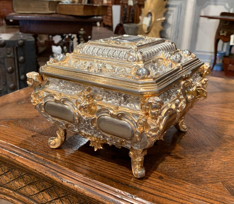19th Century French Bombe Silver on Copper Ornate Repousse Jewelry Casket For Sale 2
