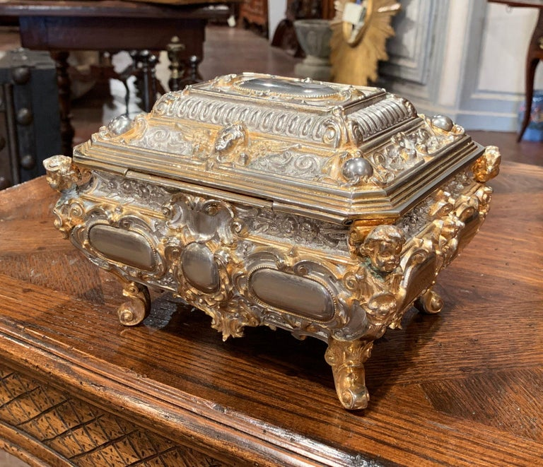 19th Century French Bombe Silver on Copper Ornate Repousse Jewelry Casket For Sale 3