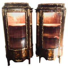 19th Century French Bronze Mounted Inlaid Vitrines Curio Cabinets, Pair