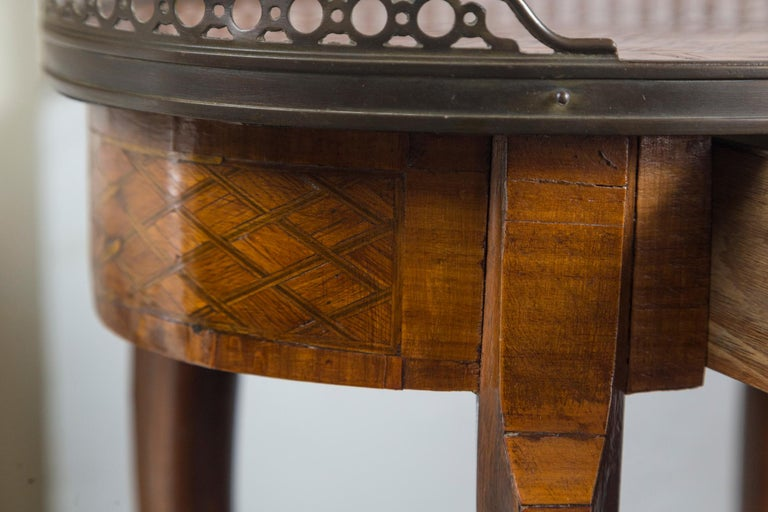 19th Century French Bronze Mounted Parquetry Side Table In Good Condition For Sale In Woodbury, CT