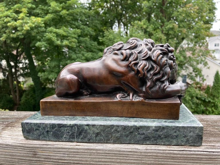19th Century French Bronze Sculpture of Sleeping Lion by Jules Moigniez For Sale 2
