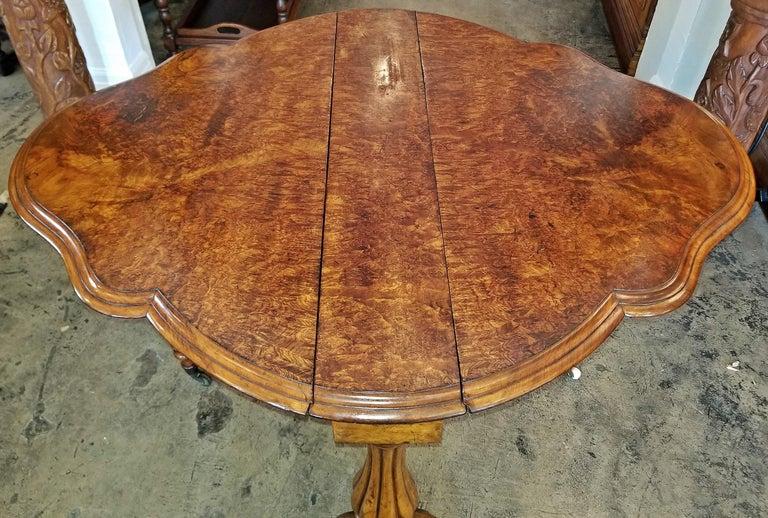 19th Century English Burl Walnut Sutherland Table For Sale 4