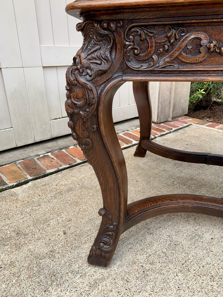 19th Century French Carved Oak Dining Table Louis XIV Baroque Style For Sale 10