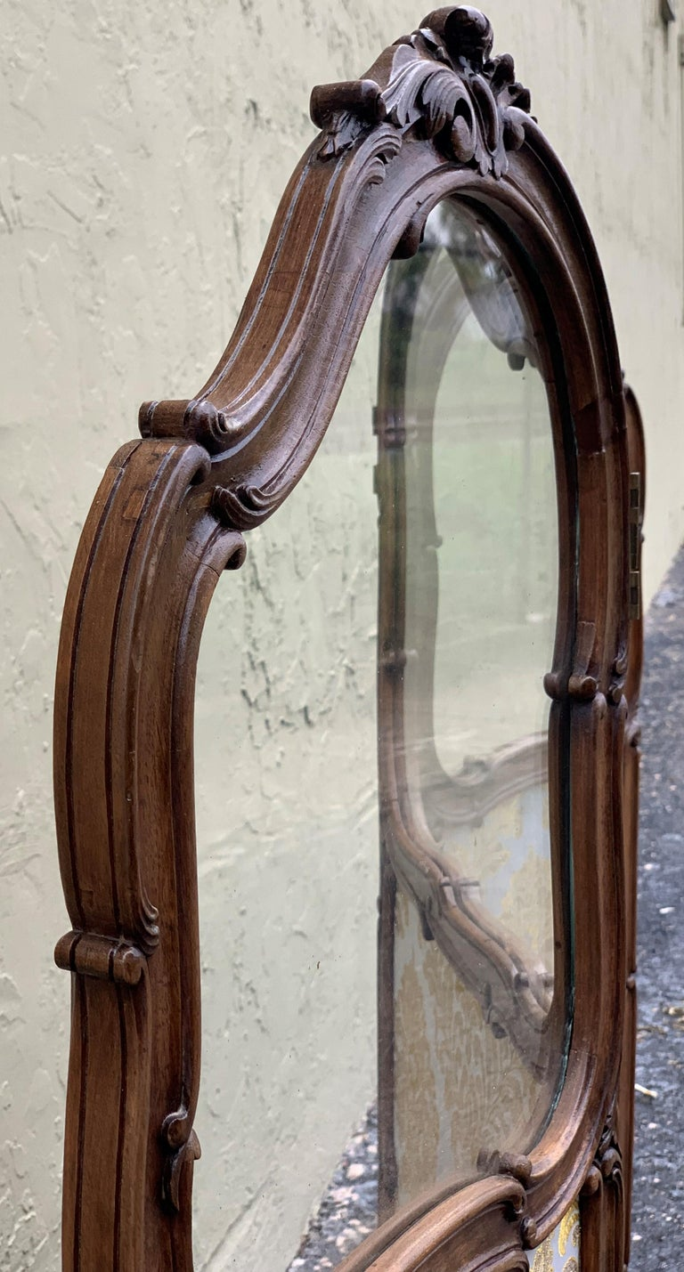 19th Century French Carved Walnut and Glass, Three-Fold Ulholstered Screen For Sale 9
