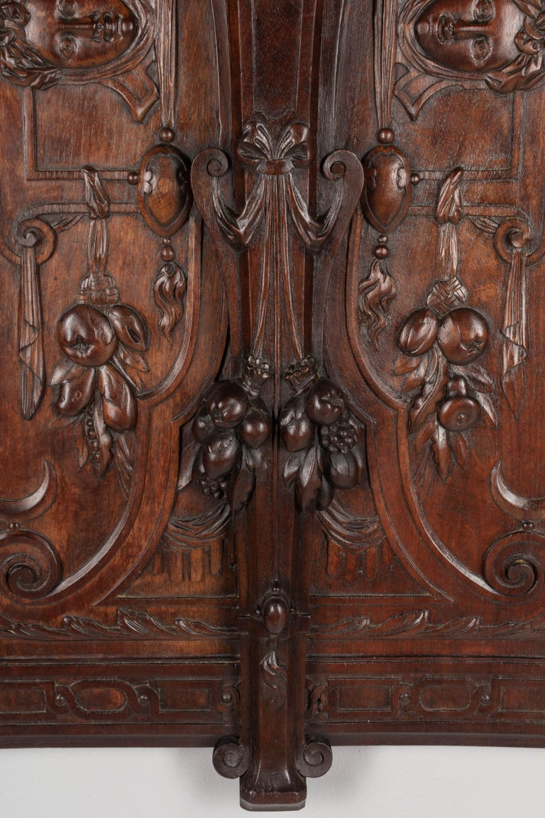 19th Century French Carved Walnut Decorative Panel In Good Condition For Sale In Winter Park, FL