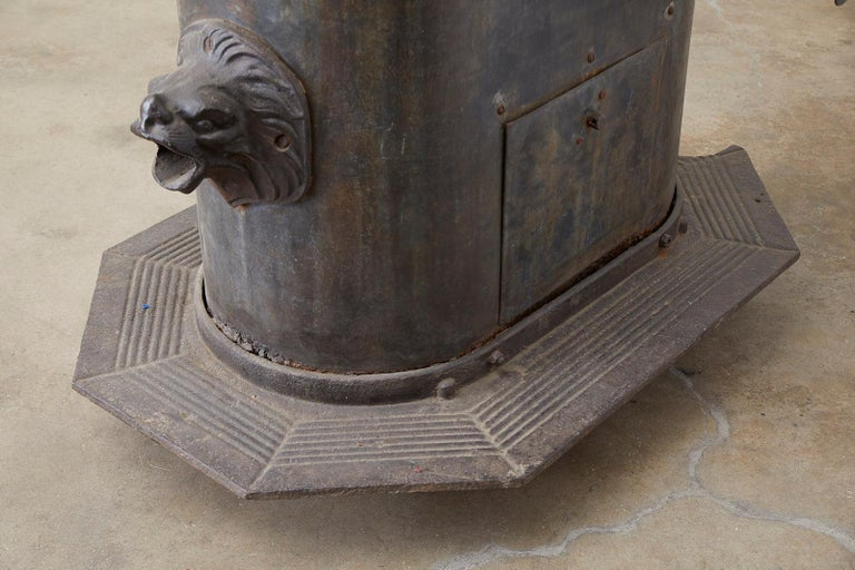 19th Century French Cast Iron Water Pump Fountain For Sale 5