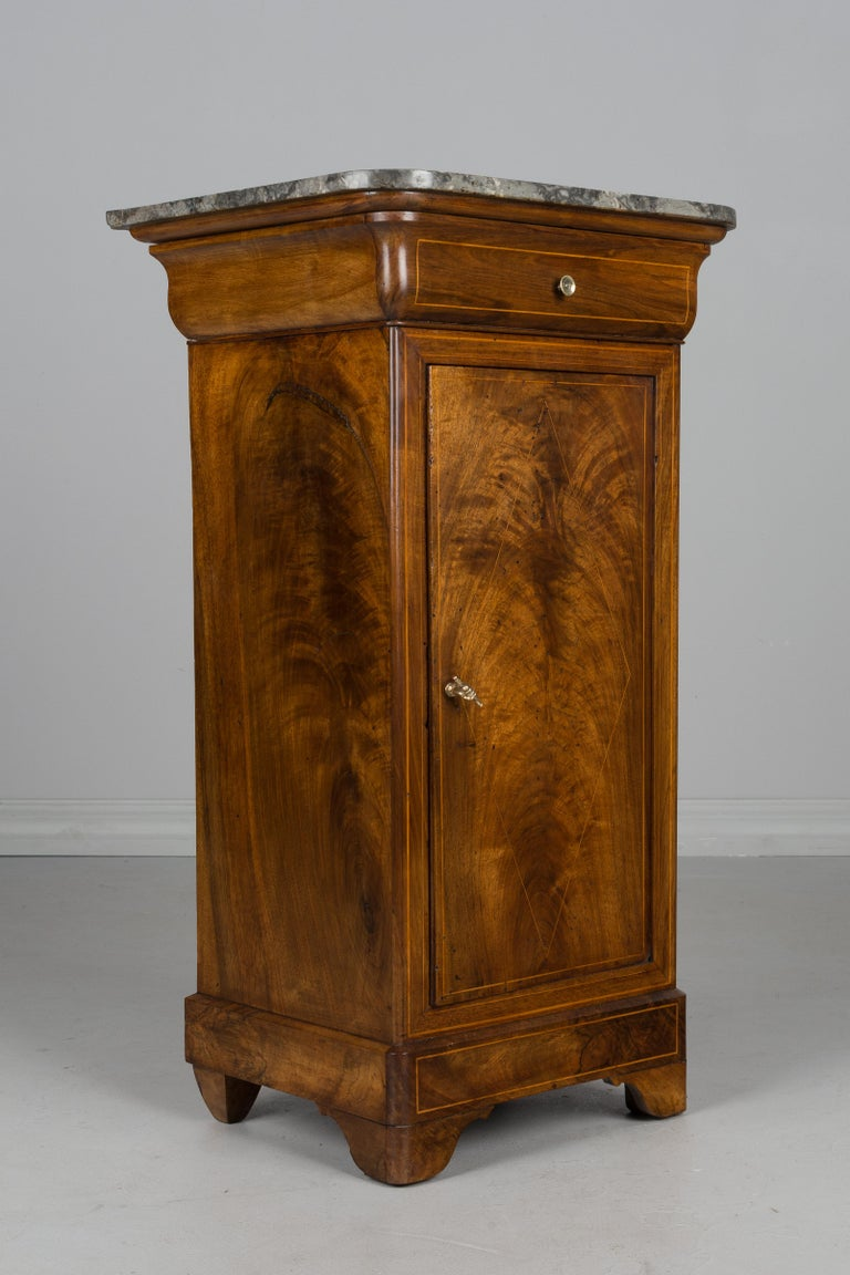 Veneer 19th Century French Charles X Side Table For Sale