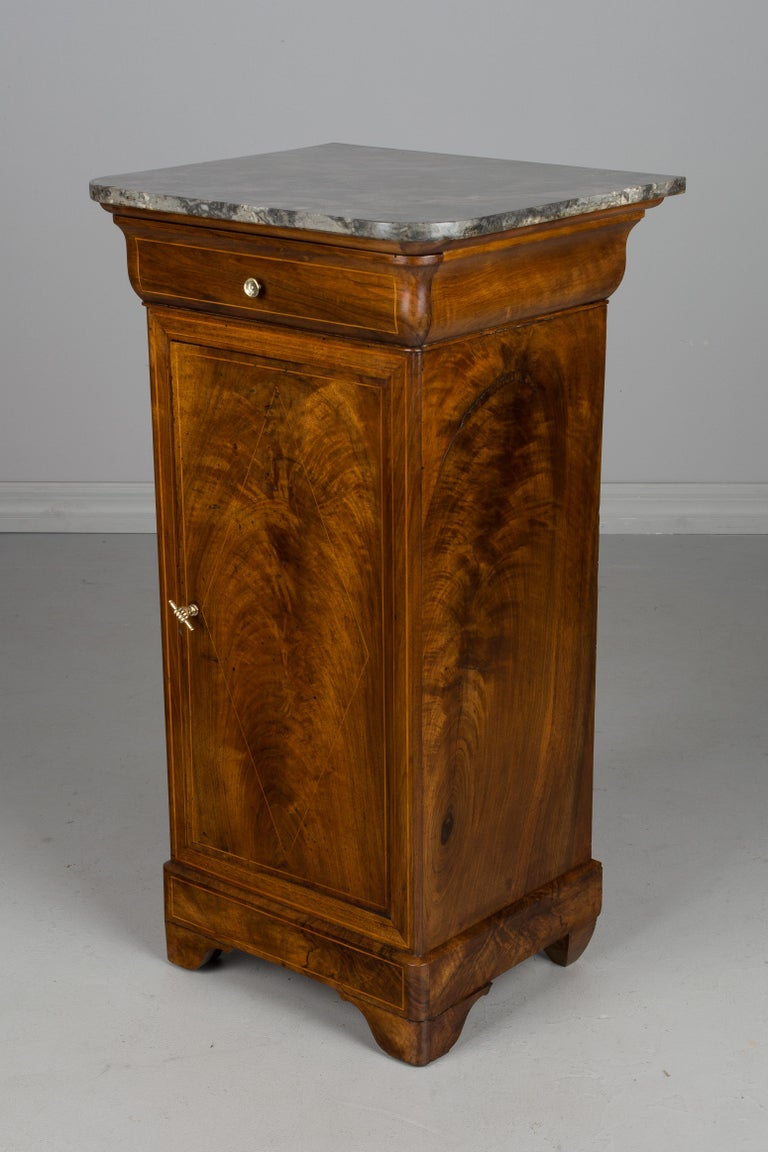 19th Century French Charles X Side Table For Sale 1