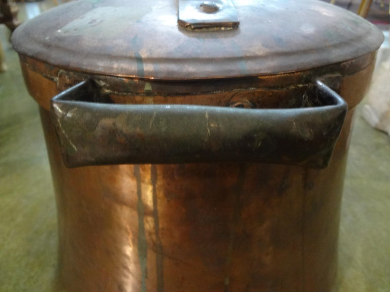 European 19th Century French Copper Pot with Lid For Sale