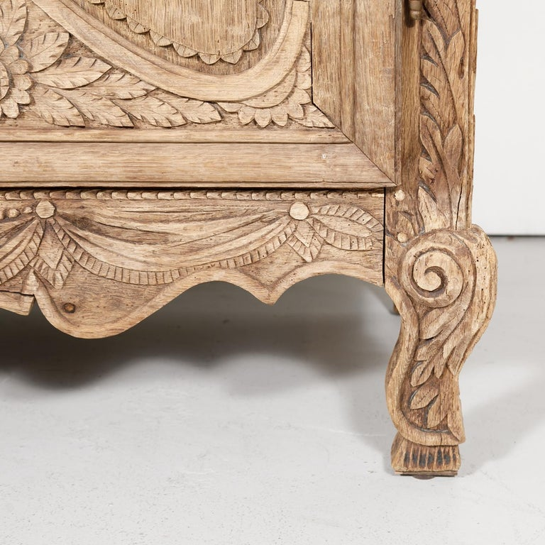19th Century French Country Louis XV Style Bleached Oak Normandy Wedding Armoire For Sale 6