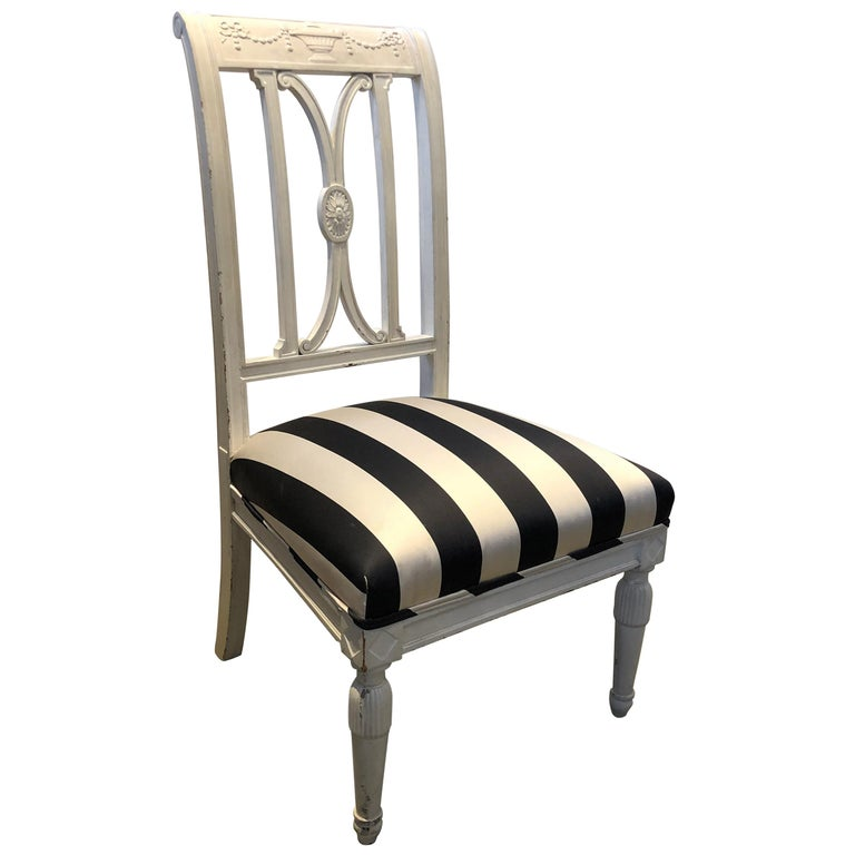 19th Century French Directoire Wooden Chair For Sale