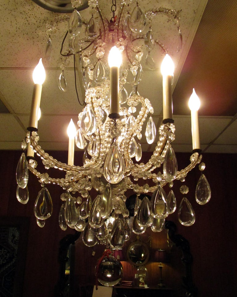 19th century French Eight-Light Crystal Chandelier 6