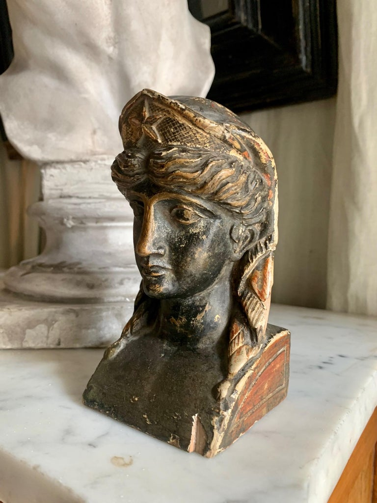 19th Century French Empire Gitwood Heads Sphinxes In Good Condition For Sale In Madrid, ES