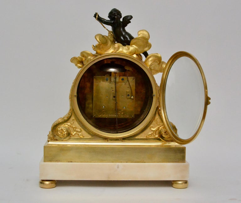Escalier de Cristal Gilt Bronze and Carrara Marble Clock, France, 19th Century In Good Condition For Sale In Stockholm, SE