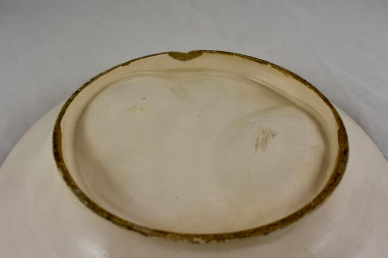 19th Century French Faïence Majolica Glazed Divided Asparagus and Shell Plate For Sale 4