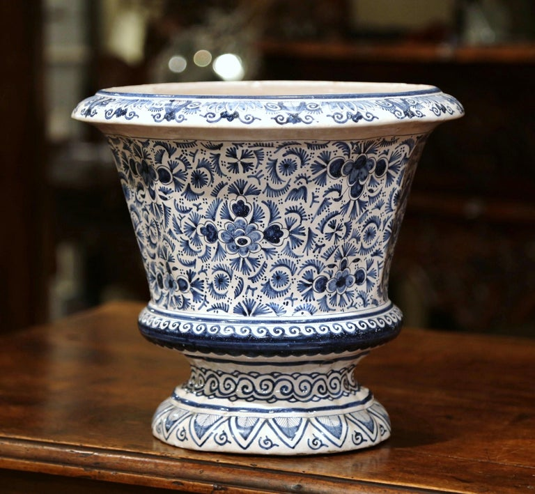 Hand-Painted 19th Century French Faience Painted Cache Pot with Blue and White Floral Decor For Sale
