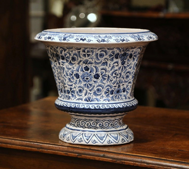 19th Century French Faience Painted Cache Pot with Blue and White Floral Decor For Sale 1