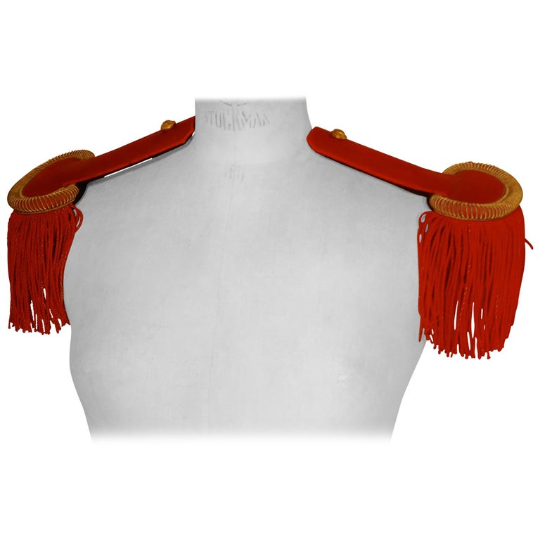19th Century French First Officer's Uniform Red Epaulettes For Sale