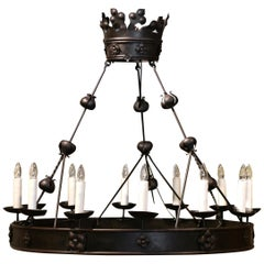 19th Century French Forged Black Iron Twelve-Light Round Chandelier