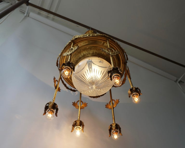 19th Century French Gilt Bronze and Crystal Aesthetic Seven-Light Chandelier For Sale 2