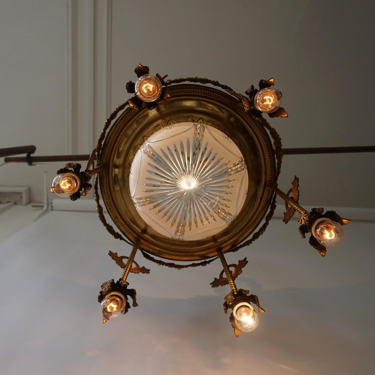 19th Century French Gilt Bronze and Crystal Aesthetic Seven-Light Chandelier For Sale 3