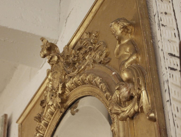 19th Century French Gilt Mirror with Cherub and Arched Detail For Sale 2