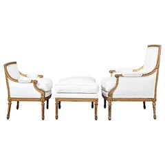 19th Century French Giltwood Duchesse Brisee, newly upholstered in White Linen
