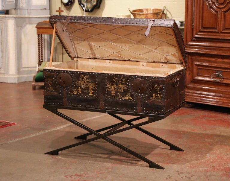 Forged 19th Century French Gothic Leather Trunk in Iron Base with Chinoiserie Decor For Sale