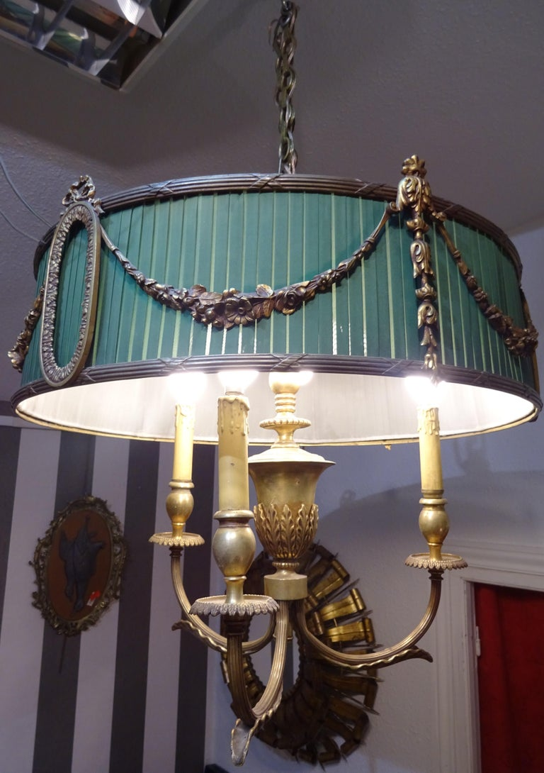 19th Century French Green Napoleón III Bouillotte Chandelier For Sale 5