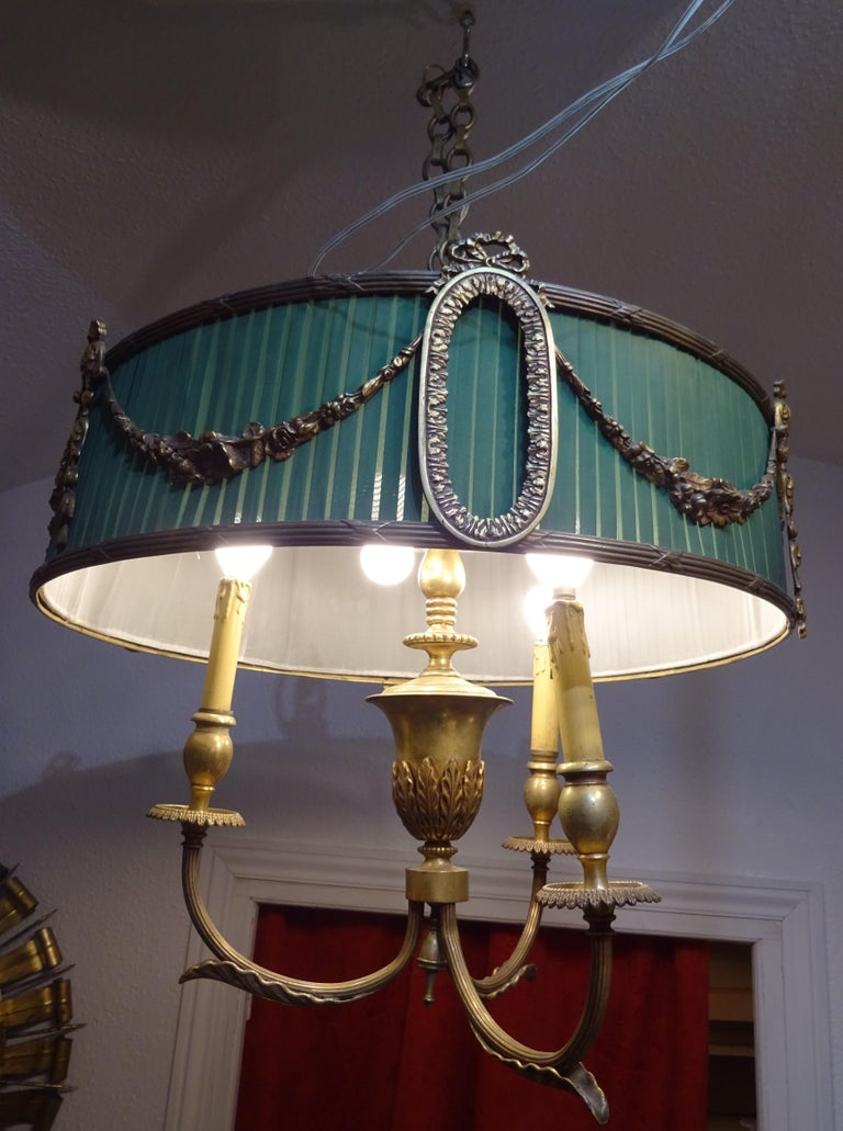 Late 19th Century 19th Century French Green Napoleón III Bouillotte Chandelier For Sale