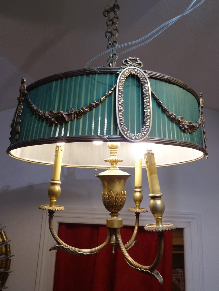 Bronze 19th Century French Green Napoleón III Bouillotte Chandelier For Sale