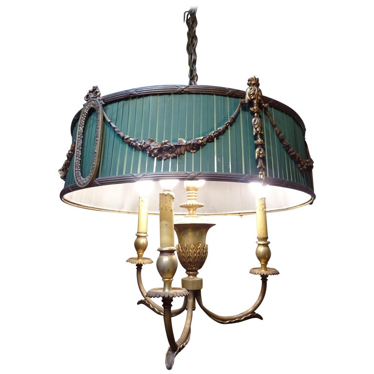 19th Century French Green Napoleón III Bouillotte Chandelier For Sale