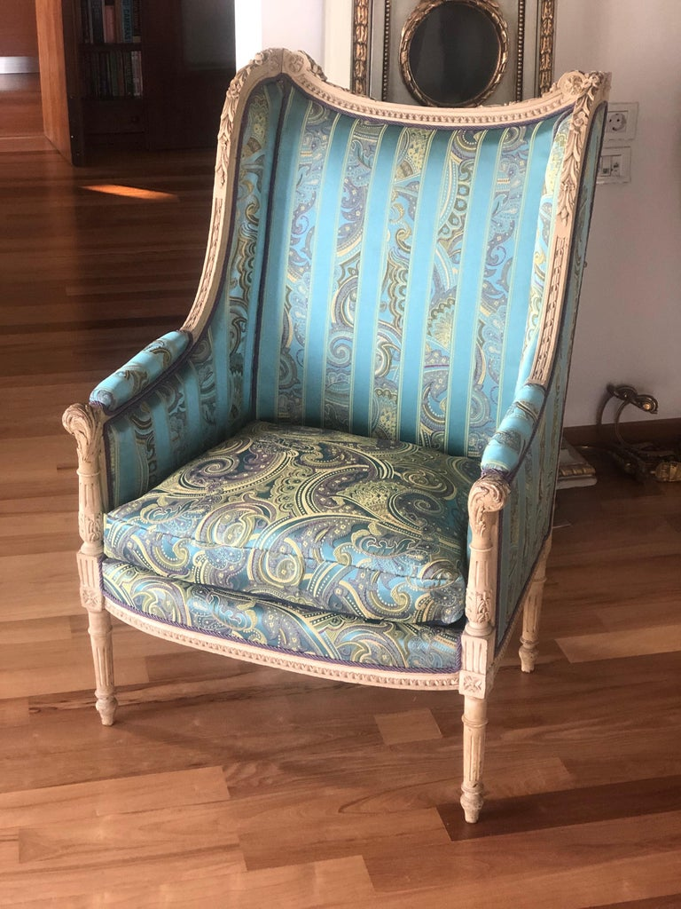 19th Century French Hand Carved Bergere Chairs - Armchairs in Louis XVI Style For Sale 6