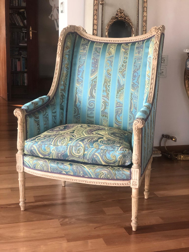 19th Century French Hand Carved Bergere Chairs - Armchairs in Louis XVI Style For Sale 7