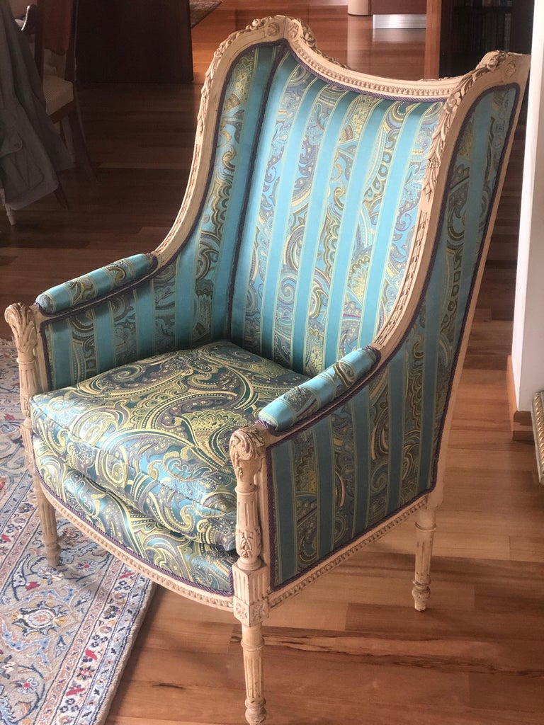 19th Century French Hand Carved Bergere Chairs - Armchairs in Louis XVI Style For Sale 2