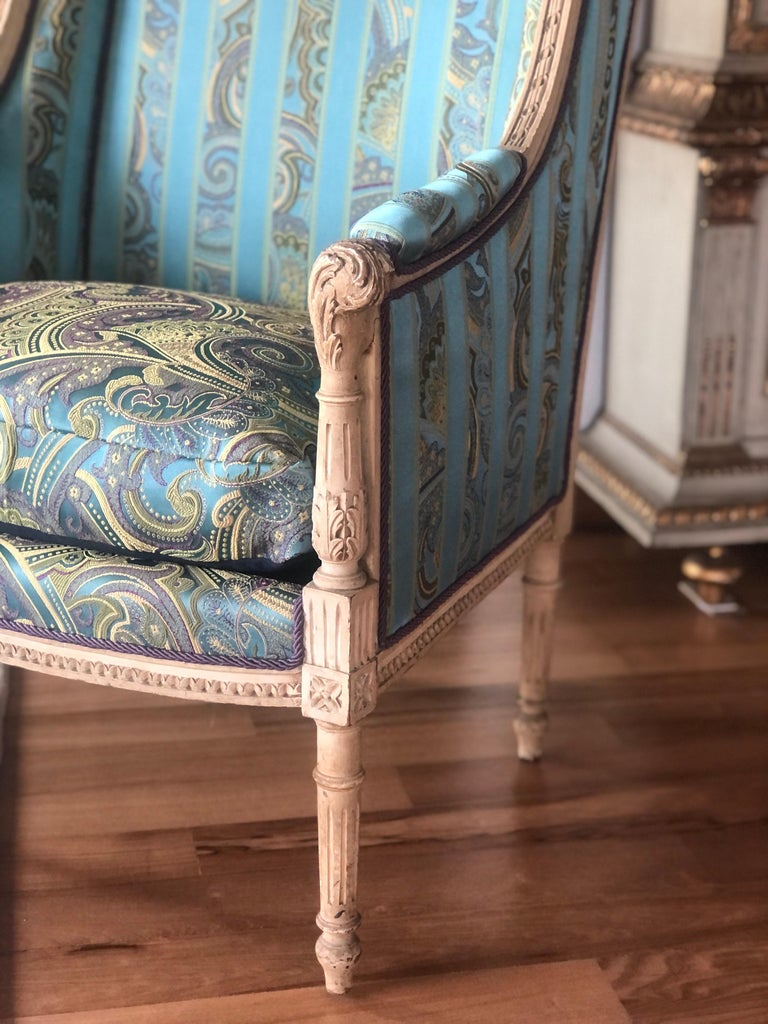 19th Century French Hand Carved Bergere Chairs - Armchairs in Louis XVI Style For Sale 3