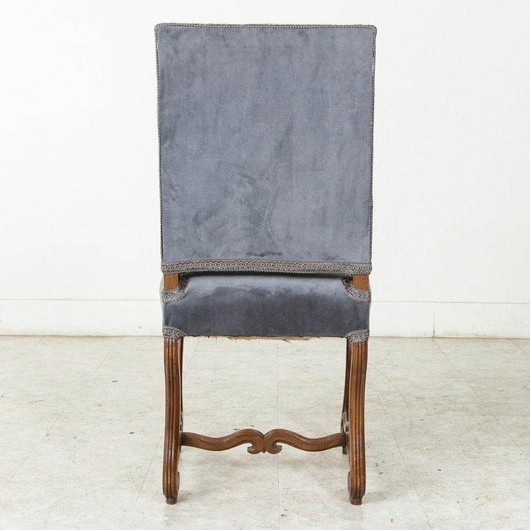 19th Century French Hand Carved Walnut Fluted Mutton Leg Side Chair, Desk Chair In Good Condition For Sale In Fayetteville, AR