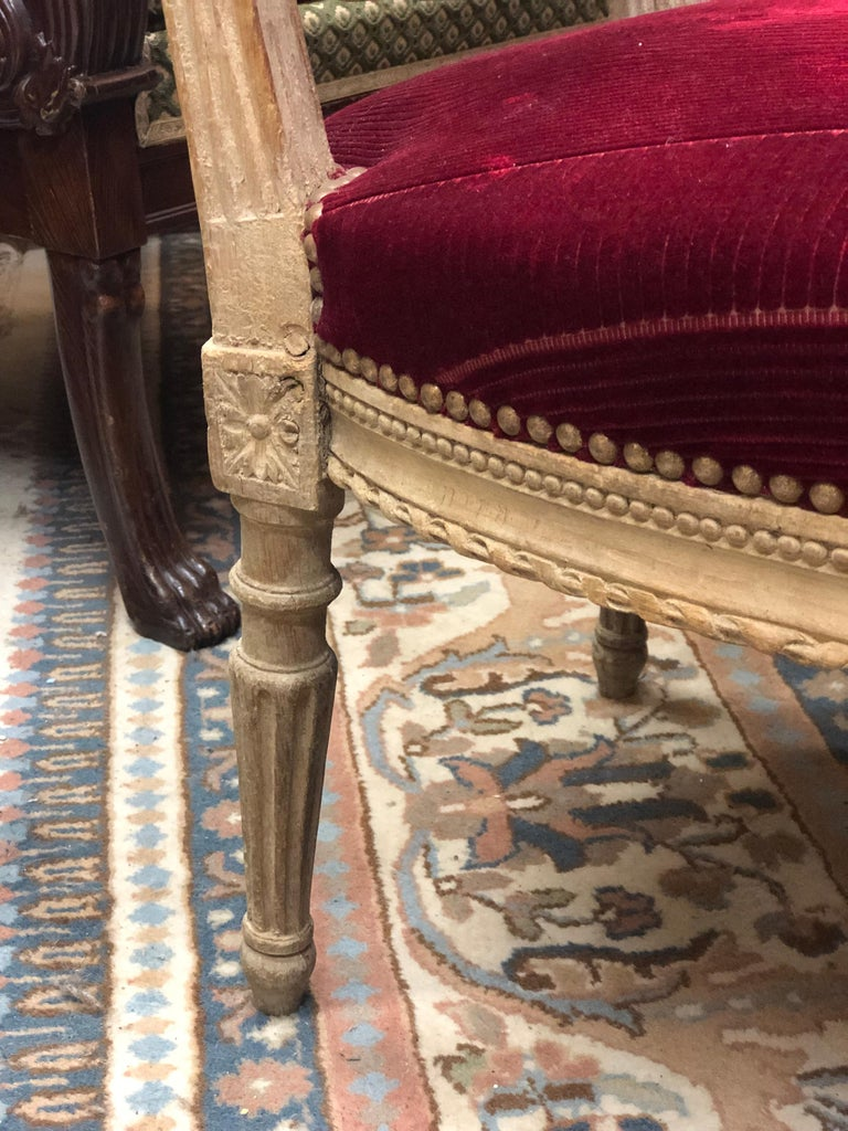 19th Century French Hand Carved Wooden Chair in Red Velvet For Sale 2