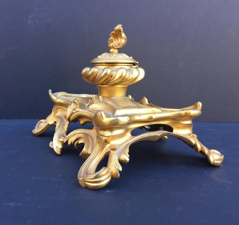 19th Century French Inkwell Bronze Louis XV Style Dore Encrier Desk Set For Sale 6