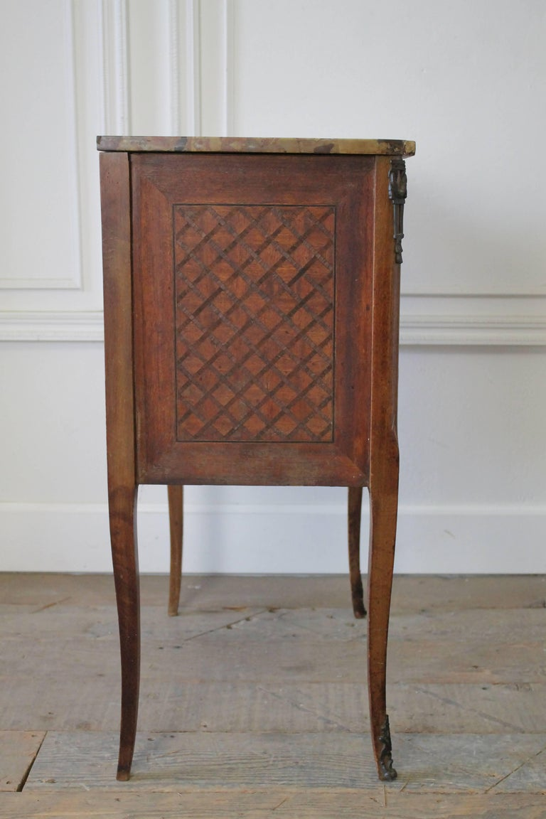 19th Century French Inlay Marble-Top Provincial Style Nightstand Table For Sale 4