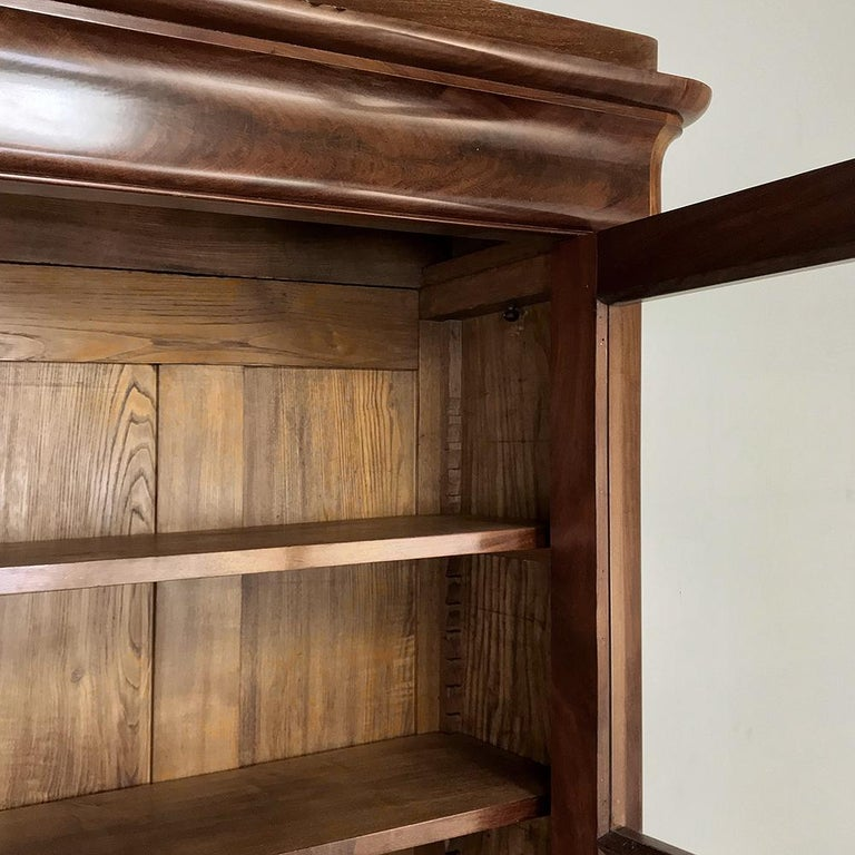 19th Century French Louis Philippe Mahogany Bookcase For Sale 3