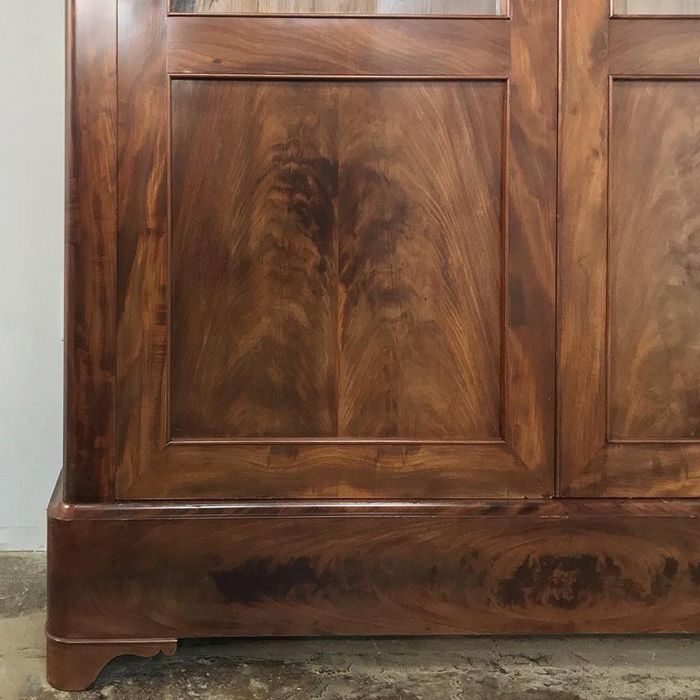 19th Century French Louis Philippe Mahogany Bookcase For Sale 4
