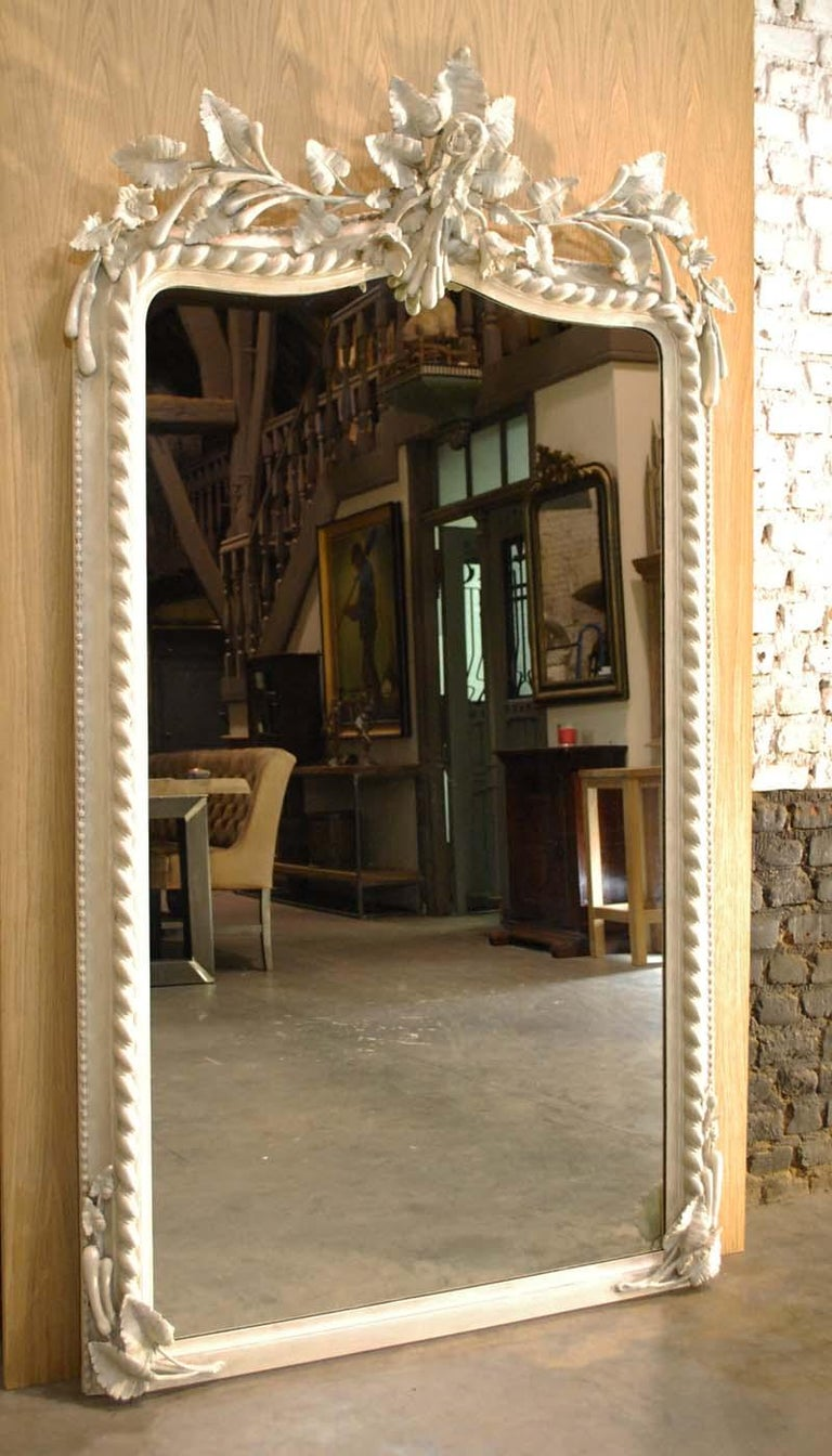 19th Century French Louis Philippe Mirror in Antique White For Sale 3