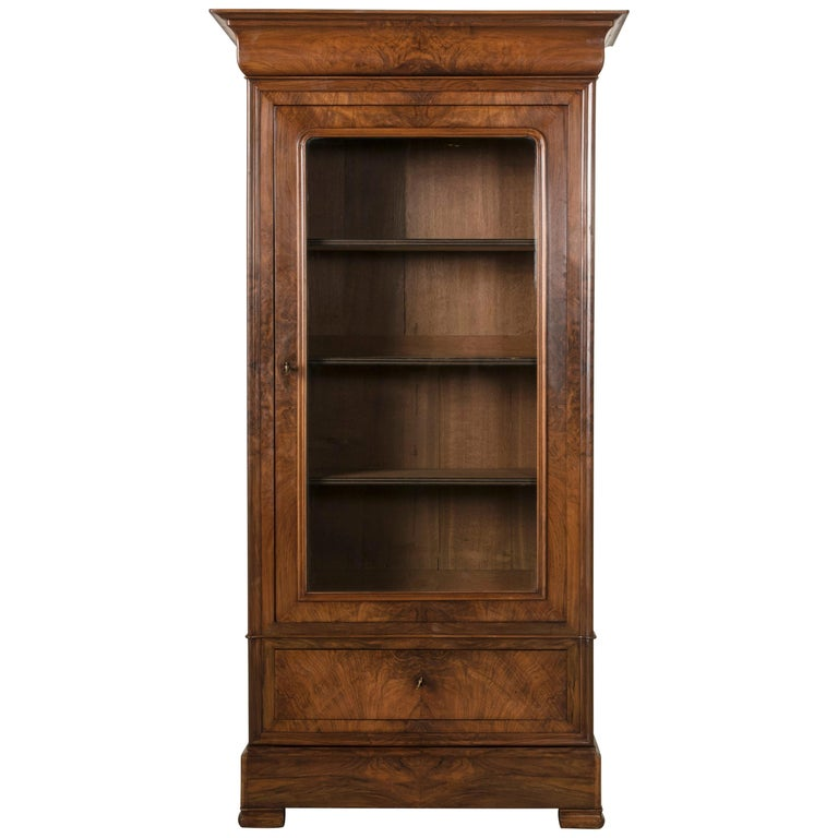 19th Century French Louis Philippe Period Book Matched Walnut Vitrine Bookcase For Sale