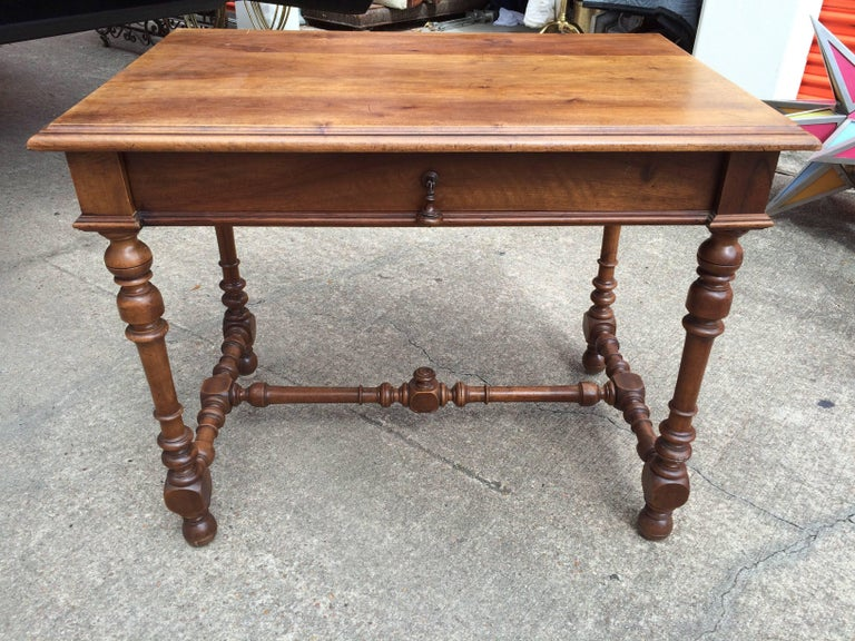 19th Century French Louis XIII Style Walnut Table In Good Condition For Sale In Houston, TX
