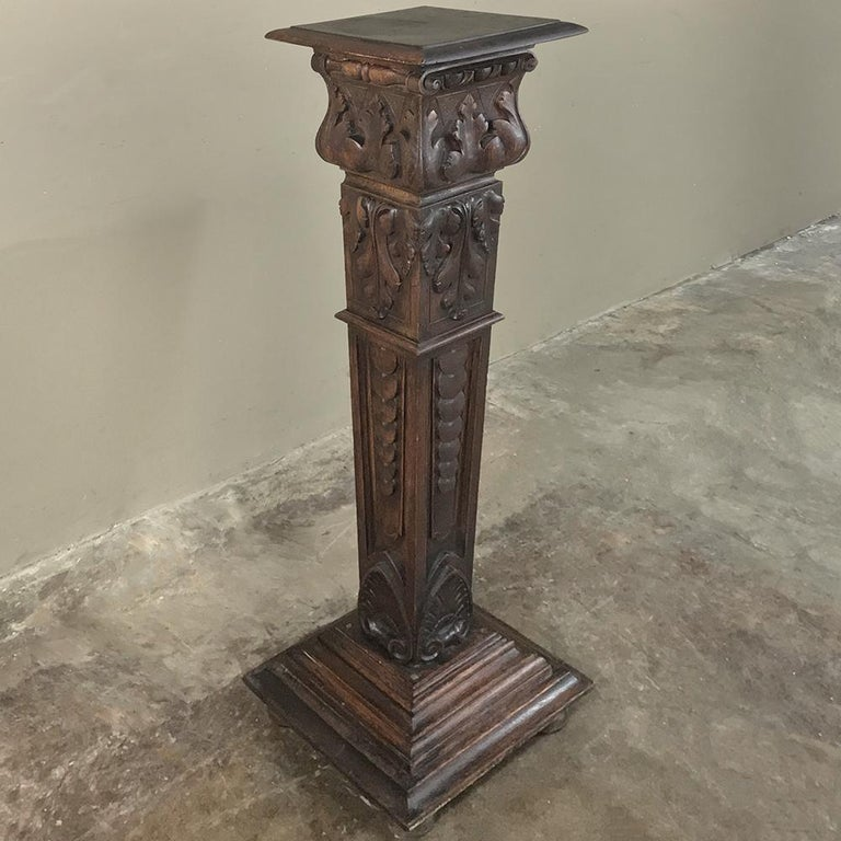 Hand-Carved 19th Century French Louis XIV Carved Fruitwood Pedestal For Sale