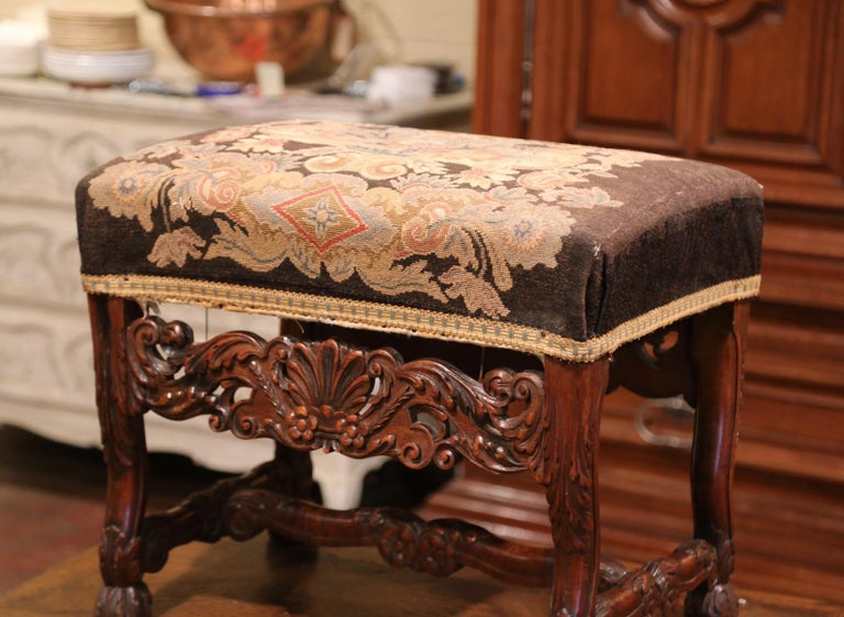 Louis XV 19th Century French Louis XIV Carved Walnut Stool with Needlepoint Tapestry For Sale