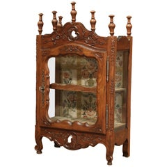 19th Century French Louis XV Carved Walnut Hanging Vitrine from Provence